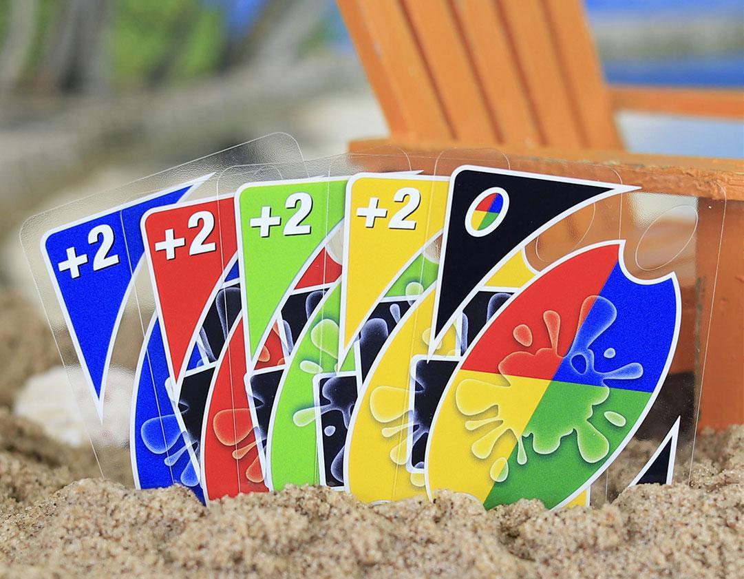 《一起优诺》带上防水的UNO SPLASH,一起享受夏天吧!
